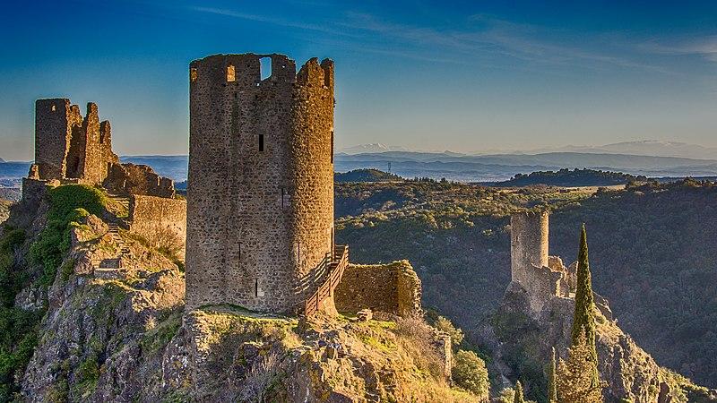Ruines des quatre châteaux de Lastours